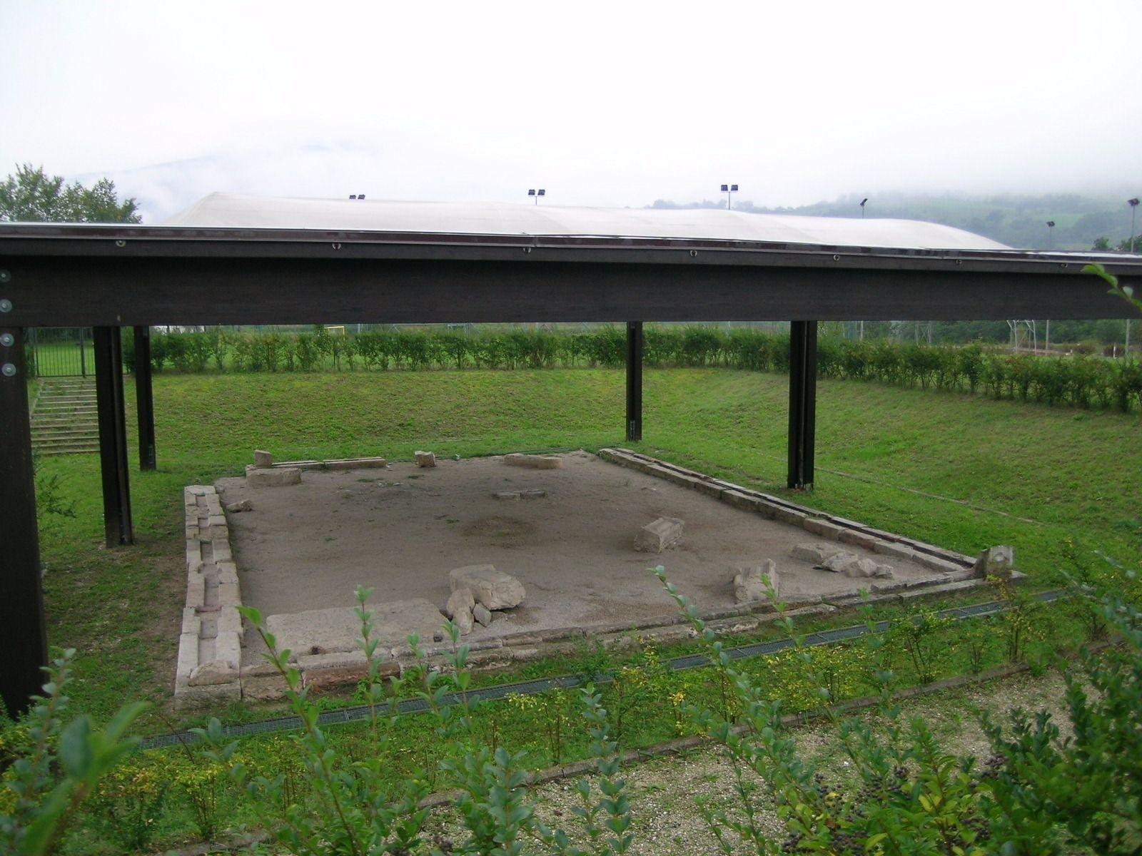 Recinto funerario di Calmazzo