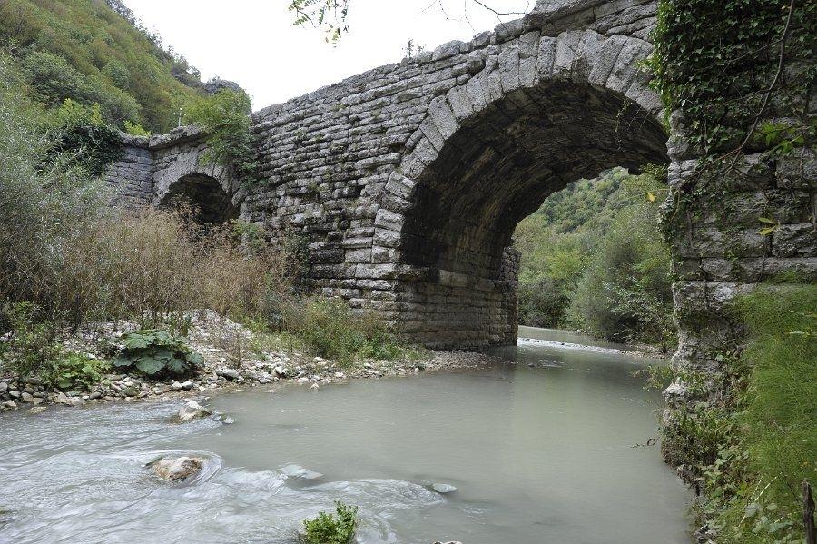 Ponte Grosso presso Cantiano