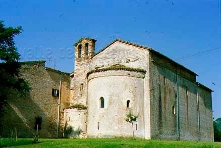 Chiesa abbaziale di S. Vincenzo al Furlo ad Acqualagna
